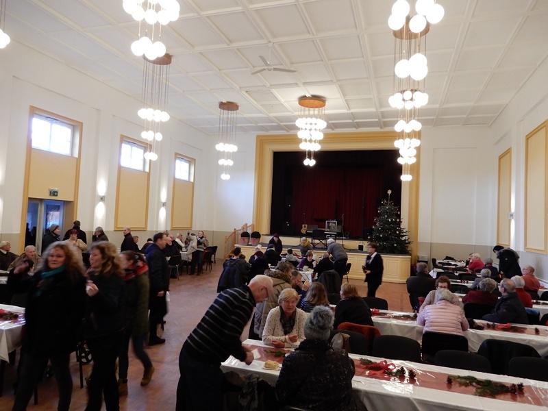 Der Saal des Teterower Kulturhauses am Tag der offenen Tür